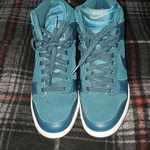 Women's Nike Wedge Shoes